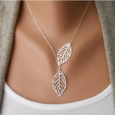 Two Leaves Pendant Necklace (Silver)
